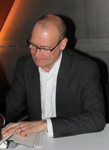 Autogramm-Simon-Beckett